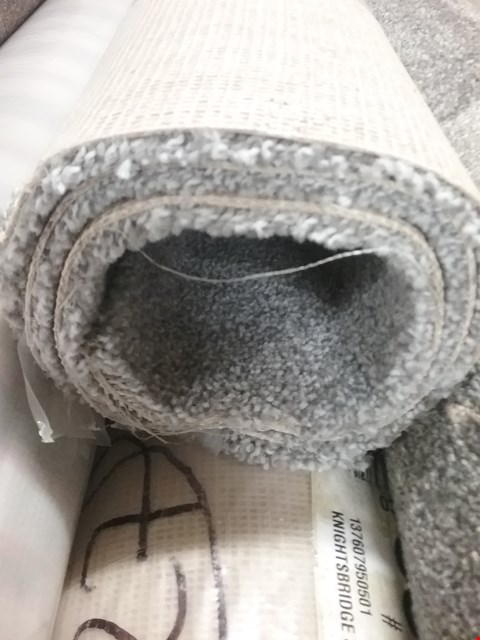Lot 3704 ROLL OF GREY CARPET SIZE UNSPECIFIED