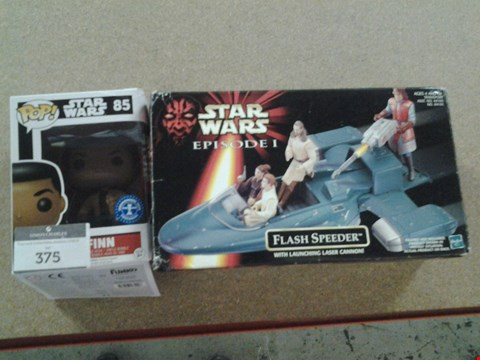 Lot 375 BOXED HASBRO STAR WARS EPISODE 1 FLASH SPEEDER WITH LAUNCHING CANNON AND BOXED STAR WARS POP VINYL FIGURINE FINN 85