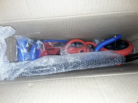 Lot 205 ULTIMATE SPIDER-MAN 3-WHEELED SCOOTER RRP £30