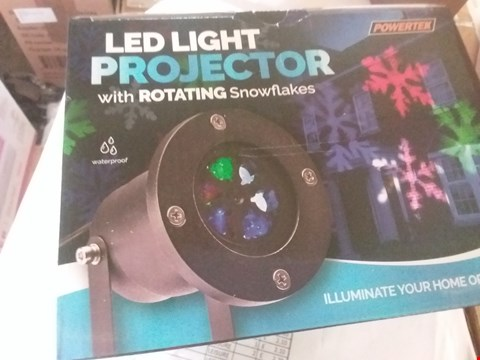 Lot 2016 2 SNOWFLAKE LED LIGHT PROJECTORS