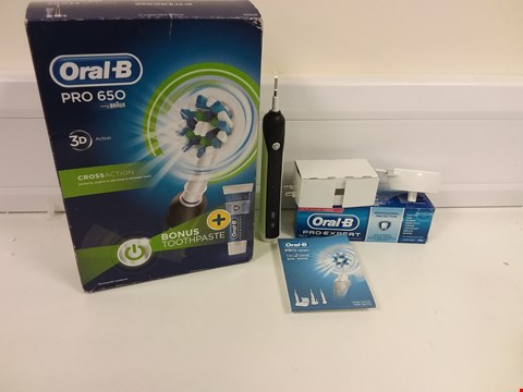 Lot 6147 BOXED ORAL B PRO 650 TOOTHBRUSH IN BLACK