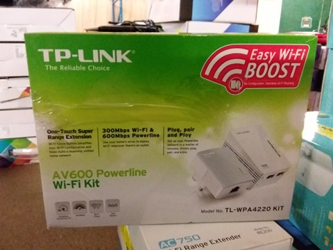 Lot 1425 TP LINK AV600 POWERLINE WIFI KIT