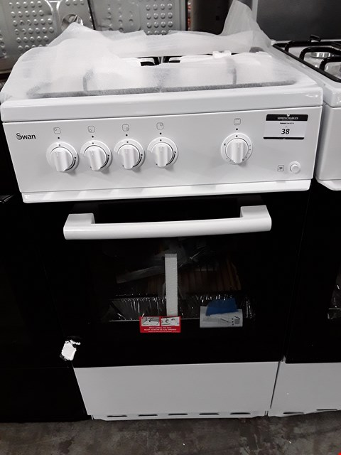 Lot 38 SWAN SX1031W WHITE 50CM SINGLE OVEN GAS COOKER