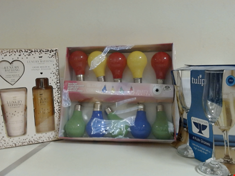 Lot 5318 LOT OF ASSORTED ITEMS TO INCLUDE TULIP FLUTE GLASSES, DECORATIVE LIGHTBULB LIGHTS AND THE LUXURY BATHING COMPANY GIFT SET