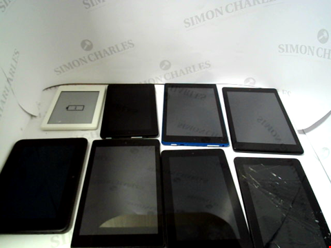Lot 727 LOT OF APPROXIMATELY 16 ASSORTED TABLET AND E-READERS TO NCLUDE KINDLE, FIRE ETC