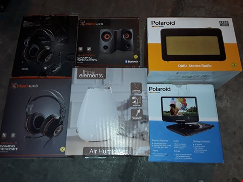Lot 4564 LOT OF 6 ASSORTED TECH ITEMS TO INCLUDE BLACKWEB GAMING 7.1 HEADSETS, GAMING SPEAKERS AND AIR HUMIDIFIER