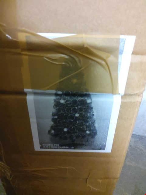 Lot 2403 COLOUR-CHANGING AND SPACE-SAVING NEEDLE PINE FIBRE OPTIC CHRISTMAS TREE - 5FT RRP £44.99