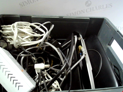 Lot 6054 LOT OF APPROXIMATELY 7 ASSORTED ITEMS TO INCLUDE ROUTERS, CABLES ETC