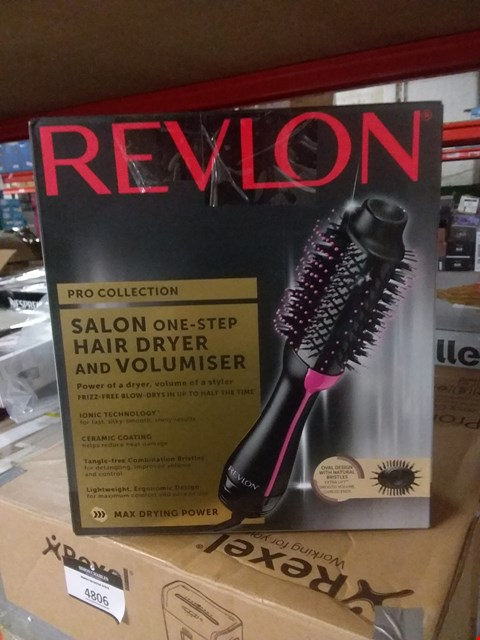 Lot 4764 REVLON SALON ONE STEP HAIR DRYER AND VOLUMISER