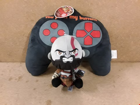 Lot 300 2 BRAND NEW SOFT TOYS TO INCLUDE: YOU PUSH MY BUTTONS  AND KRATOS