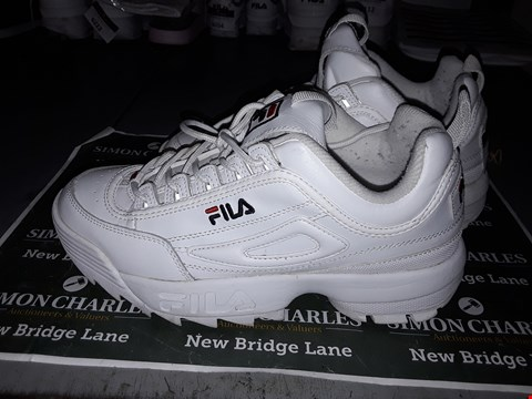 Lot 9038 FILA DESIGNER TRAINERS IN WHITE UK SIZE 6.5