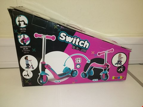 Lot 3043 SMOBY SWITCH 2IN1 RIDE ON SCOOTER RRP £48.99