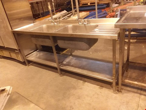 Lot 4033 STAINLESS STEEL LARGE 2 SINK UNIT