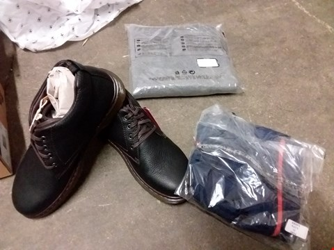 Lot 873 BOX OF APPROXIMATELY 15 ASSORTED ITEMS OF CLOTHING TO INCLUDE DR MARTENS BLACK SHOES SIZE 9, NAVY ZIP UP TOP, GREY MARL SWEATER SIZE 18 ETC