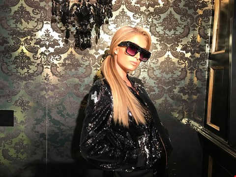 Lot 31 SHADES DONATED BY AMERICAN SOCIALITE AND ACTRESS PARIS HILTON