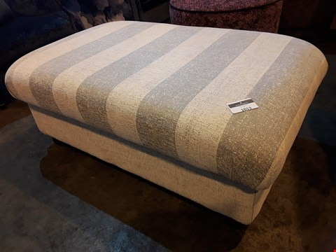 Lot 1013 DESIGNER JOHN FLEMING UPHOLSTERY CHATSWORTH BEIGE STRIPED FABRIC RECTANGULAR FOOTSTOOL WITH STUDDED DETAIL