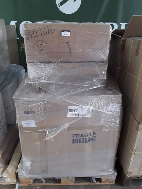Lot 2053 PALLET OF ASSORTED BRAND NEW MEDICAL ITEMS TO INCLUDE: 3 SECTION 70CM BALMSIN BLUE UPHOLSTERY PARTS