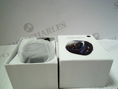Lot 5807 BOXED UNBRANDED SMARTWATCH