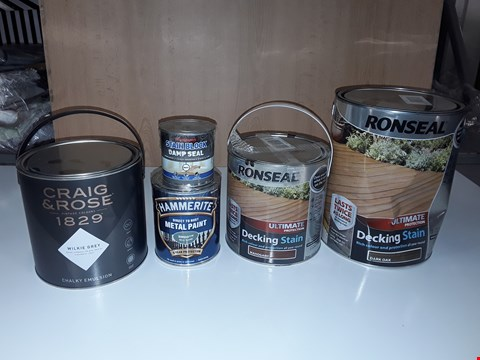 Lot 195 LOT OF 5 ASSORTED TINS OF PAINT/ VARNISH TO INCLUDE GREY CHARLIE EMULSION, DAMP SEAL, RONSEAL DECKING STAIN DARK OAK