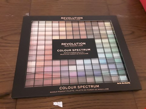 Lot 7032 REVOLUTION COLOUR SPECTRUM MAKEUP PIGMENT PALETTE