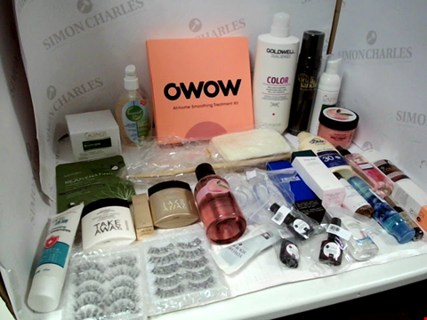 Lot 11004 LOT OF ASSORTED HEALTH & BEAUTY PRODUCTS TO INCLUDE: OWOW AT-HOME SMOOTHING TREATMENT KIT, GOLDWELL COLOR BRILLIANCE SHAMPOO, INSTANT HAND SANITIZER