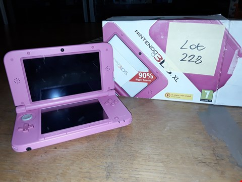 Lot 3066 BOXED NINTENDO 3DS XL - PINK