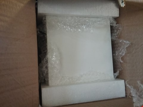 Lot 123 5 BOXES CONSISTING OF 72 WHITE WOODEN BOXES