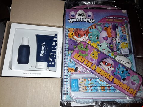 Lot 83 LOT OF 5 ASSORTED GRADE 1 ITEMS TO INCLUDE BENCH. FOR HIM 24 HOUR LIFE GIFT SET, OUTDOOR INFLATABLE SNOWMAN, HATCHIMALS BUMPER STATIONERY KIT RRP £191