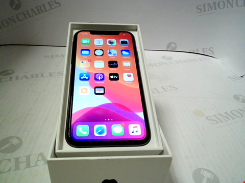 Lot 3349 APPLE IPHONE X (CAPACITY UNKNOWN) SMARTPHONE