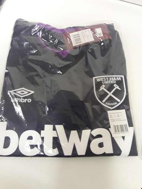 Lot 3383 BOX OF APPROXIMATELY 68 BAGGED UMBRO WEST HAM FC 3rd JERSEYS
