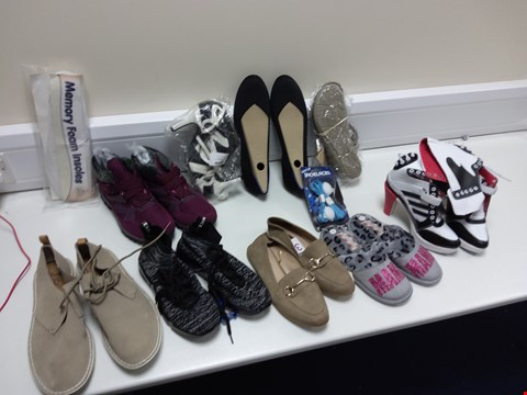 Lot 3048 BOX OF 11 ASSORTED ITEMS TO INCLUDE 9 PAIRS OF FOOTWEAR, LIGHT UP LACES AND INSOLES
