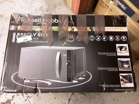 Lot 400 RUSSELL HOBBS FAMILY SIZE MICROWAVE