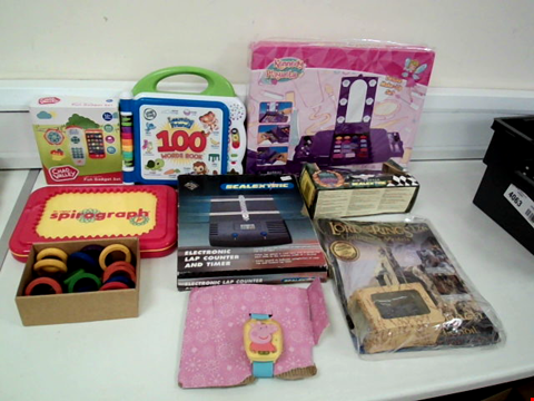 Lot 8080 LOT OF 9 TOYS TO INCLUDE PEPPA PIG WATCH, SCALEXTRIC ELECTRONIC LAP COUNT AND TIMER AND CHAD VALLEY FUN GADGET SET