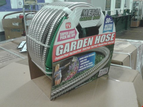 Lot 3632 BOX OF APPROXIMATELY 6 NEW STAINLESS STEEL RUST RESISTANT GARDEN HOSE - 15M ULTRA FLEXIBLE