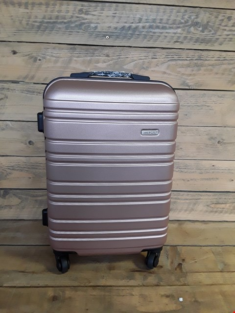 Lot 7251 MERAX CARRY ON CASE