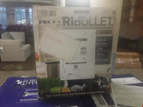 Lot 185 NUTRIBULLET1000 SERIES 9 PIECE SET