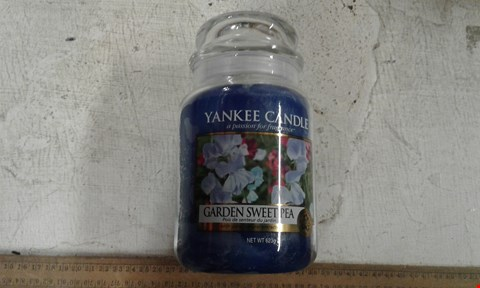Lot 10576 BRAND NEW YANKEE CANDLE CLASSIC LARGE JAR GARDEN CANDLE