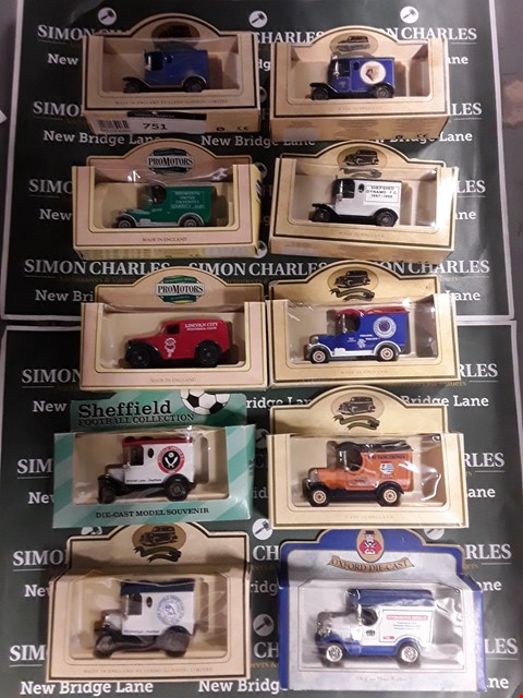 Lot 751 LOT OF APPROXIMATELY 10 ASSORTED DIE CAST MODEL CARS