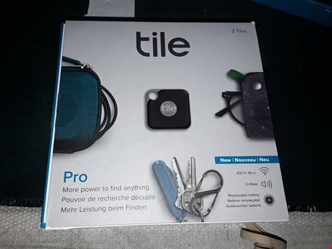 Lot 996 TILE PRO, RING YOU THINGS, FIND YOUR PHONE ACTIVATE COMUNITY FIND pack of 2