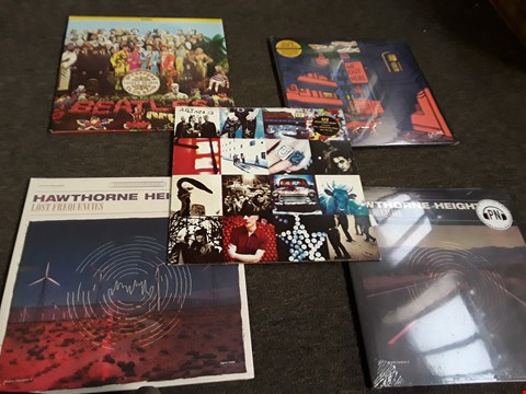 Lot 2505 10 ASSORTED VINYL RECORDS TO INCLUDE; THE BEATLES, U2, HAWTHORNE HEIGHTS ETC