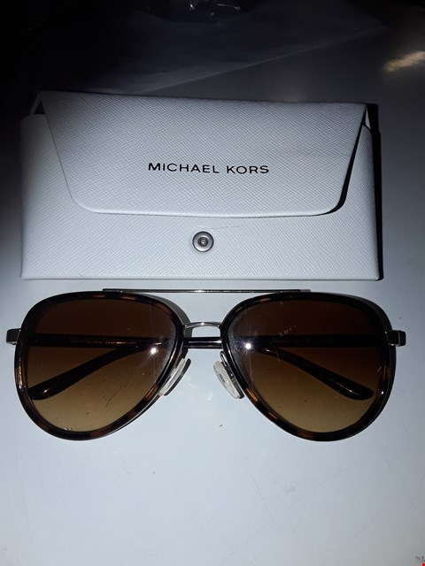 Lot 3073 MICHAEL KORS TORT FULL FRAME SUNGLASSES  RRP £130.00