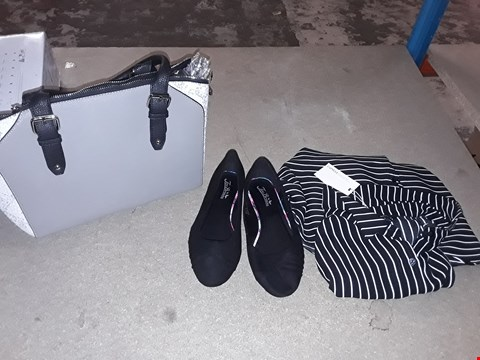 Lot 9326 LOT OF 5 BOXES OF APPROXIMATELY 100 CLOTHING ITEMS TO INCLUDE SIMPLY BE TOTE BAG GREY BLACK WITH DRAON SCALES COLOUR, JOE BROWN'S BALLERINA SHOES, ECT