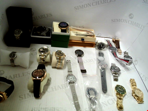 Lot 7131 LOT OF APPROXIMATELY 20 ASSORTED WRISTWATCHES AND BRACELETS