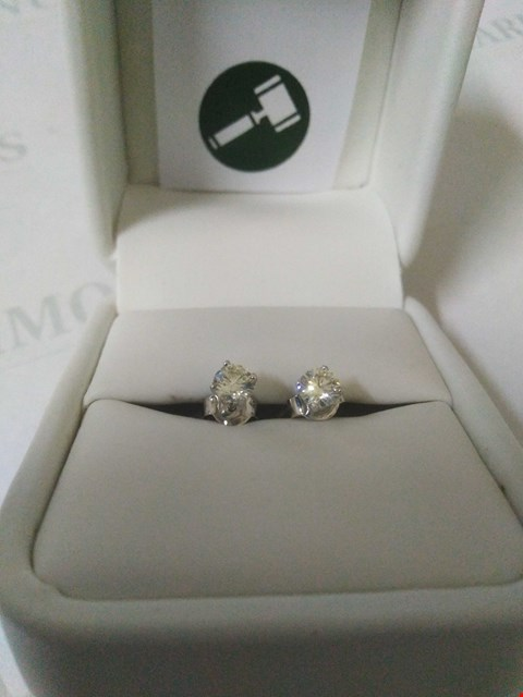 Lot 45 18CT WHITE GOLD STUD EARRINGS SET WITH DIAMONDS WEIGHING +0.65CT RRP £1500.00