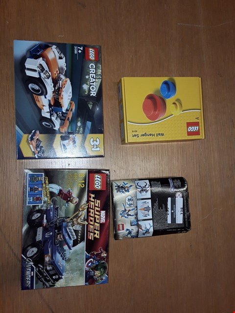 Lot 238 LOT OF APPROXIMATELY 4 ASSORTED TOYNITRMS TO INCLUDE MARVEL SUPER HEROES, WALL HANGER SET AND LEGO CREATOR
