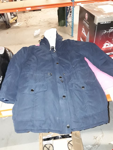 Lot 2200 LOT OF APPROXIMATELY 10 ASSORTED BRAND NEW JACKETS  RRP £200