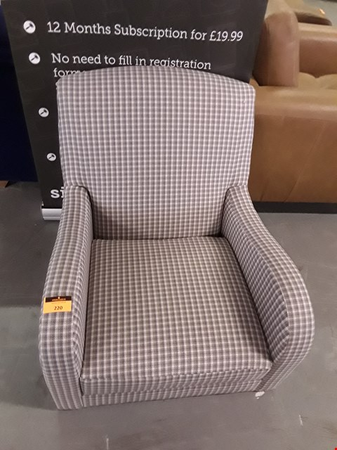 Lot 220 QUALITY BRITISH DESIGNER CHECKED FABRIC ARMCHAIR
