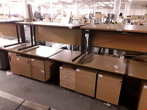 Lot 765 LOT OF 10 ASSORTED OFFICE FURNITURE ITEMS INCLUDES 4 DESKS AND 6 CABINETS