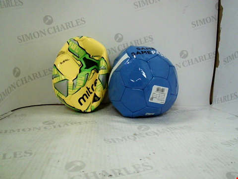 Lot 3020 4 ASSORTED FOOTBALLS TO INCLUDE; 3 PUMA MANCHESTER CITY FOOTBALLS SIZE 5 AND MITRE IMPEL SIZE 3