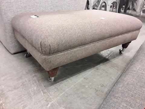 Lot 80 QUALITY BRITISH DESIGNER TWEED FABRIC RECTANGULAR FOOTSTOOL ON TURNED LEGDPS WITH CHROME CASTORS